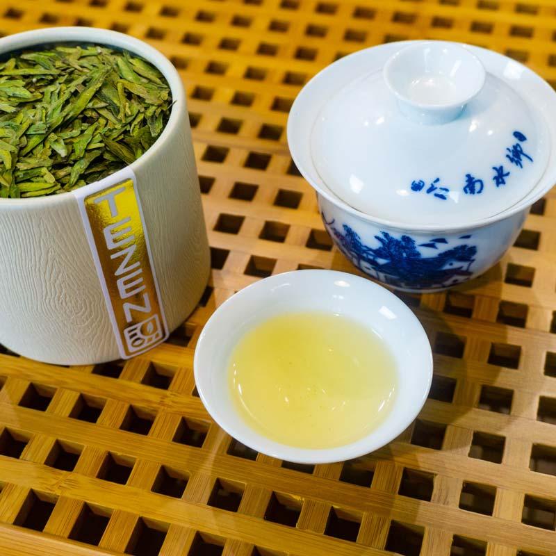 dragon-well-top-close-up2 TEZEN Beste Teesorten entdecken. Hochwertige Tees Online kaufen